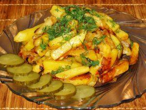 008-jarenniy-kartofel-s-chesnokom